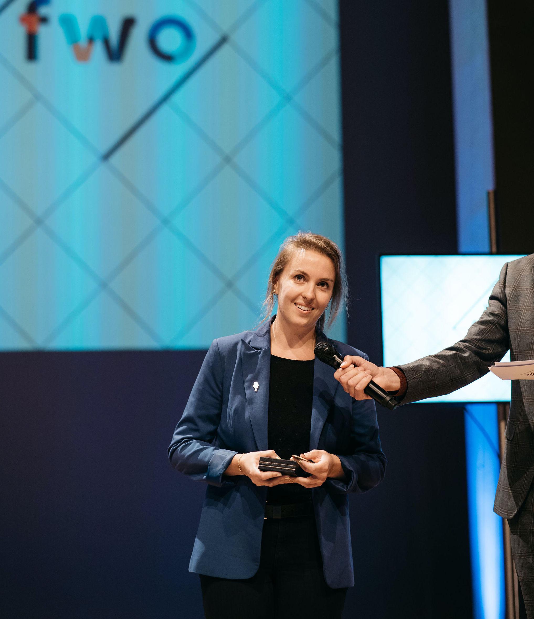 Sofie wint publieksprijs PhD Cup